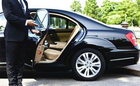 Black Car Service travel charleston in luxury and style hire a black car