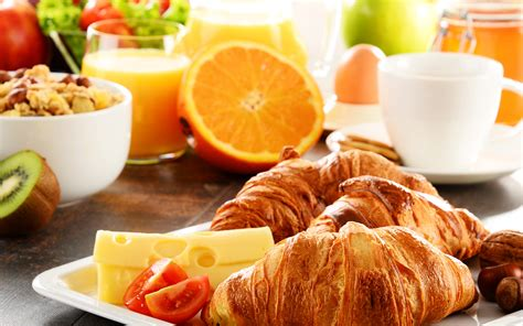 For Breakfast treat yourself to a chicago hotel breakfast package for two
