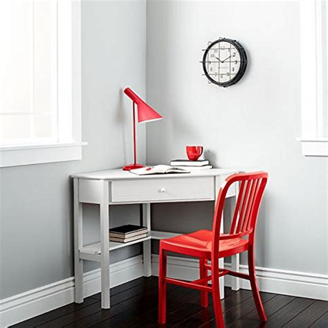 Small Simple Desk This Classically Styled Desk Utilizes A Small Space For A Big Impact With Stylish Desk