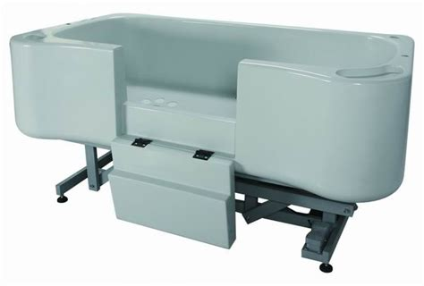 dog bathtubs deluxe electric lift fiberglass dog bath with water heater