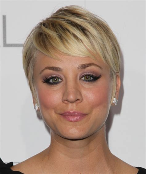 Kaley Cuoco Short Straight Formal Hairstyle   Medium