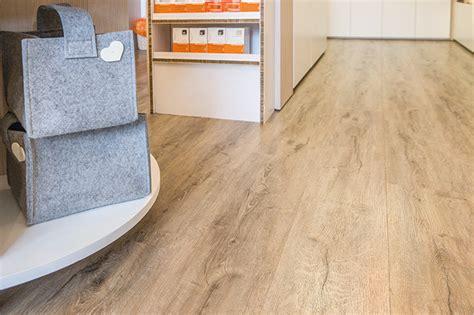 pavimento in vinile smart vinyl vendita pavimenti in pvc