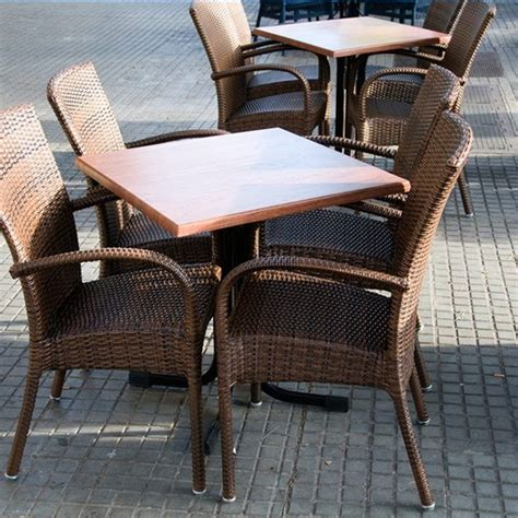 Wicker Furniture Spray Paint by 1000 Ideas About Painting Wicker Furniture On