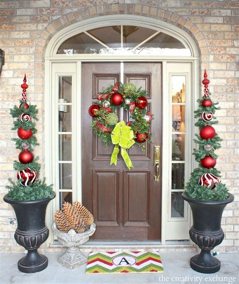 Front Door Topiary by 1000 Ideas About Topiary On