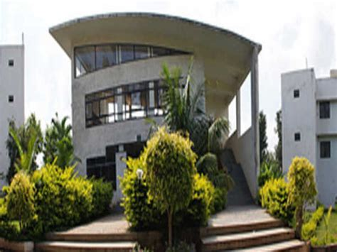 Top 10 Mba Colleges In Bangalore With Fee Structure by Top 10 Mba Colleges In Bangalore For Business Management