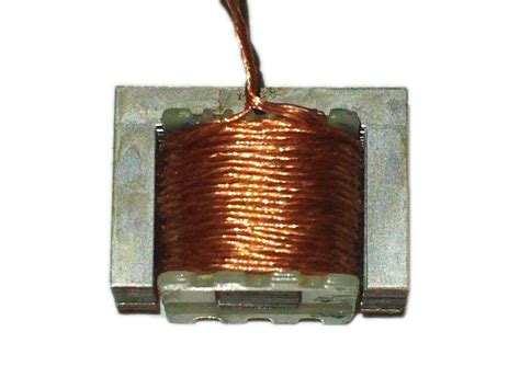 Toaster Wire Strong Electromagnet From An Old Transformer