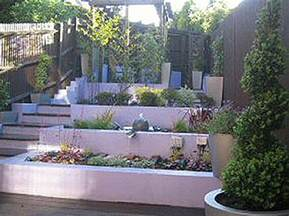 small contemporary sloping garden design in bracknell