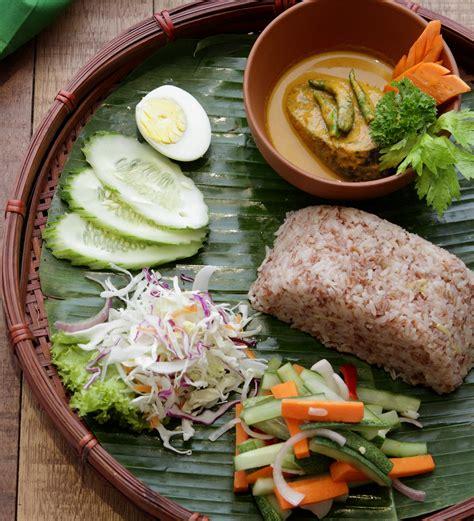 rich kelantanese dishes  hari raya kuali