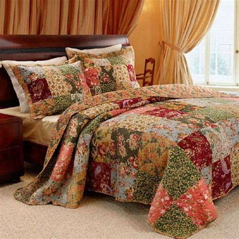 Quilts For Size Beds by Shop Greenland Home Fashions Antique Chic Bed Sets The