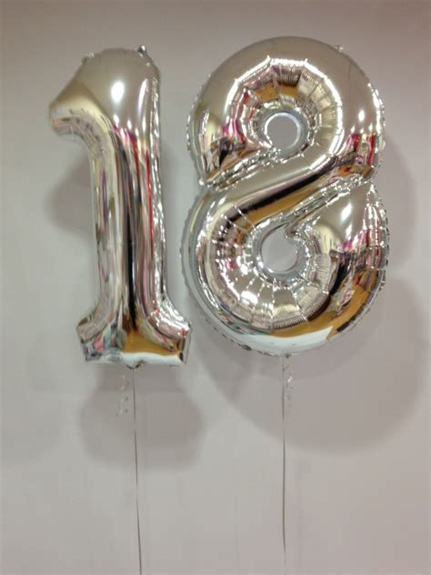 Large Silver 18 Number Balloons   18th Birthday   Special