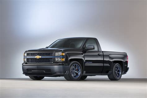 chevy concept truck sema chevy cheyenne concept answers tremor and rumble bee