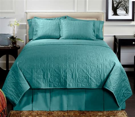 turquoise quilted coverlet vern yip home lotus quilted 7 piece coverlet and cotton