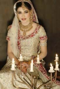 wedding dress in pakistan bridal dresses 2014 for walima in and white for barat pictures pics white