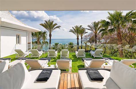 17 extravagant must experience hotel suites informant daily h10 estepona palace privilege and spa h10 hotels