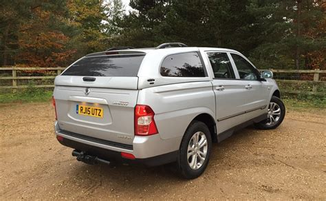 ssangyong korando sports ssangyong korando sports 2 0 e xdi ex business vans