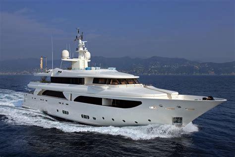 jachtboot te koop jacht van piqueur sterk afgeprijsd de standaard