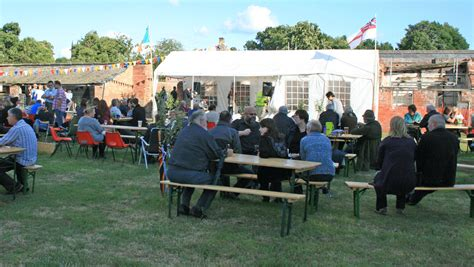 Folk And Real Ale Family Day Taking Place At Elford Hall Elford Walled Garden