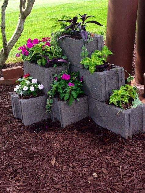 25 best ideas about cinder block garden on