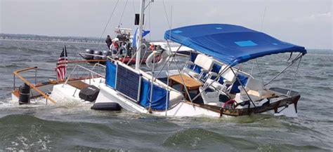 boat sinking fairfield ct more details boat sunk fast but no one was injured