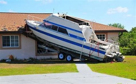 boat parking fails launching docking and trailering gone wrong boatsellr blog