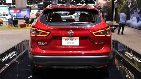 Nissan Lineup 2020 2020 nissan rogue sport shows its fresh in chicago