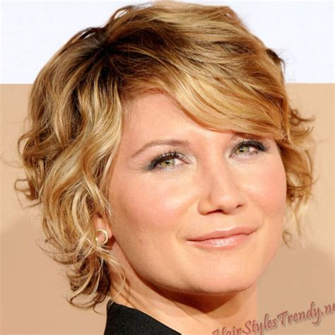 hairstyles 2011 short very short curly hairstyles 2011