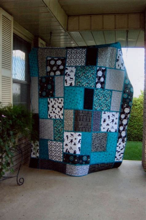 Teal Patchwork Quilt - black white and teal quilt pattern called big block quilt