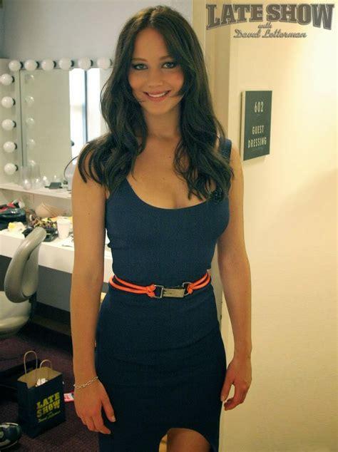 who is the brunette in the blue dress in the viagra add sexy brunette jennifer lawrence in navy blue dress love