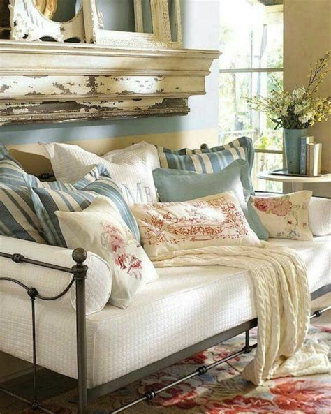 Design For Daybed Comforter Ideas 25 Best Ideas About Country Bedding On Pinterest Inspired Bedroom Toile