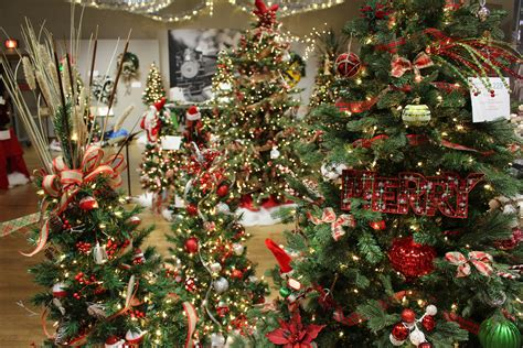 festival of trees and lights 2017 festival of trees lights up lakeshore gr mag