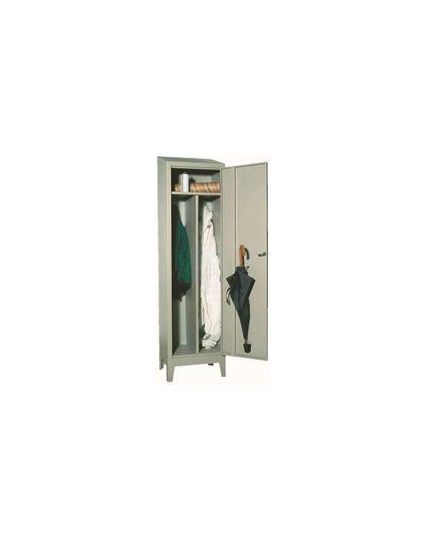 armadio spogliatoio prezzi armadio spogliatoio per un addetto con tetto inclinato