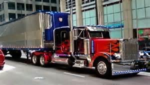 optimus prime blue peterbilt 379 truck with