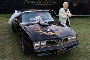 Pontiac News 1977 Pontiac Firebird Trans Am Smokey And The Bandit