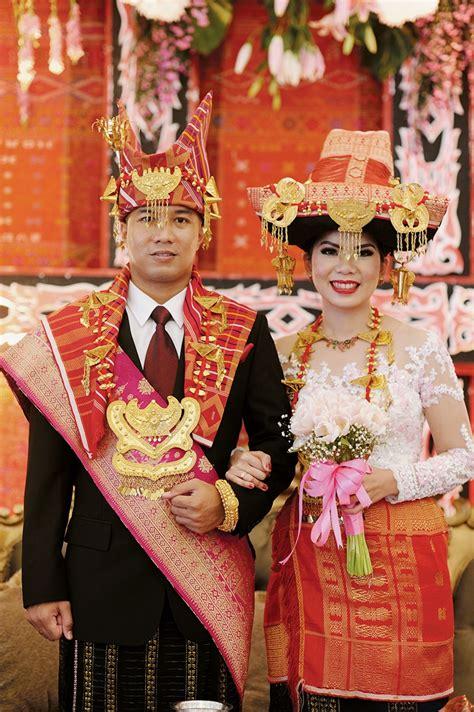 Weddingku Adat Batak by Sejuta Cinta Bersemi Dalam Nuansa Adat Batak Karo Dan Toba