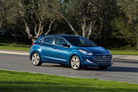 Hyundai Elantra Gt Accessories by 2016 Hyundai Elantra Gt Hatchback Car Accessories