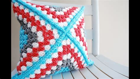 how to crochet a pillow left handed retro square