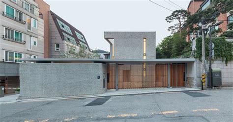 Obba Develops Open Closed House In Seoul S Gangnam District