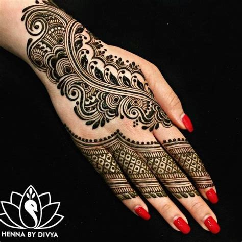 indian henna tattoo sleeve 25 beste idee 235 n henna tatoeages op
