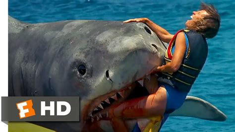 jaws head in the boat jaws the revenge 5 8 movie clip the banana boat 1987
