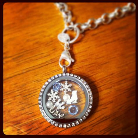 Lockets Like Origami Owl - elsa from frozen inspired origami owl locket you can get