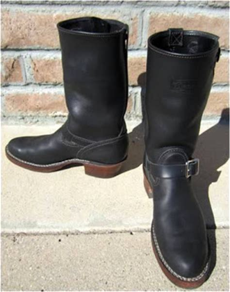 who makes the most comfortable cowboy boots vintage engineer boots custom wesco boss engineer boots