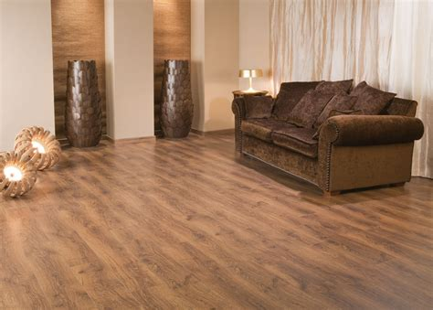 what is laminate flooring reviews to explain the pros and cons