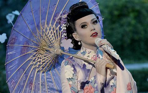 geisha tattoo cultural appropriation katy perry apologises for cultural appropriation nme