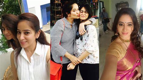 roja serial heroine family photos saravanan meenatchi serial lakshmi with daughter actress