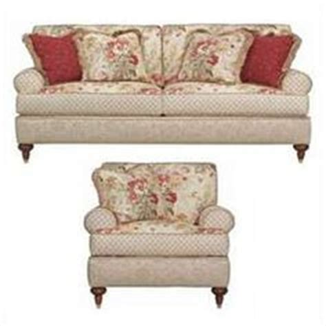 cottage style sofa slipcovers 1000 images about slipcovers on pinterest shabby chic