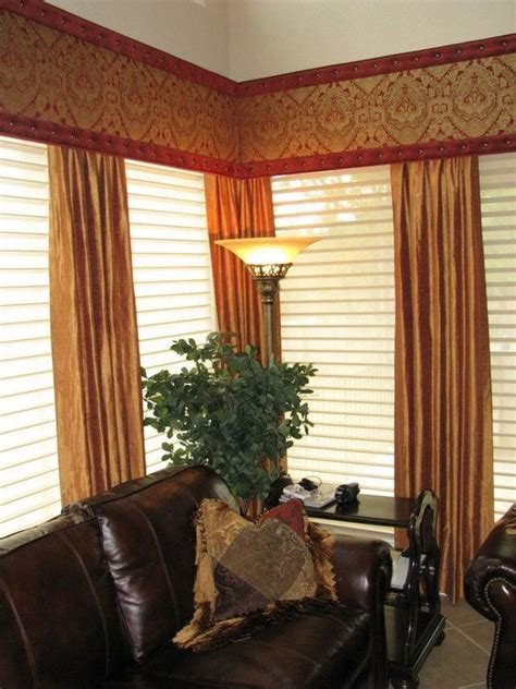 cornice drapes 24 best images about bedroom cornice board on pinterest