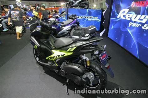 Sticker Motor Aksesoris Motor Aerox 155 Merah yamaha aerox155 rear three quarter at thai motor expo indian autos