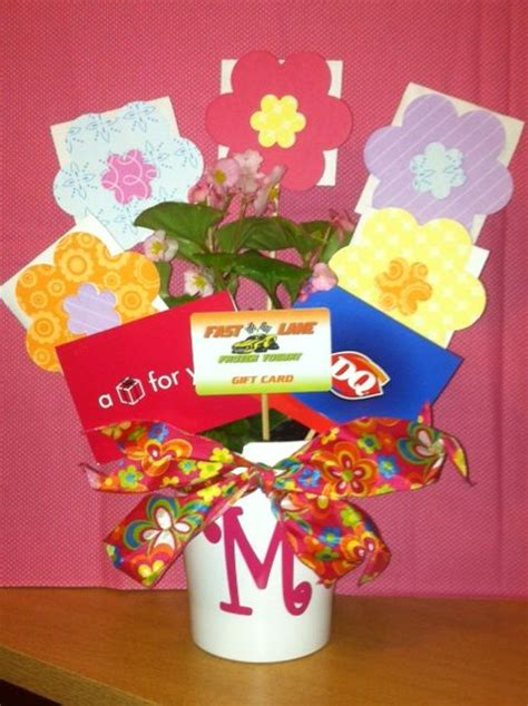 how to make a gift card 25 best ideas about gift card bouquet on
