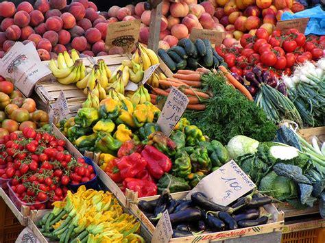 e mercati mercati settimanali profumi e colori di casa nostra