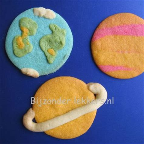 Planet Cookies top planet cakes cakecentral